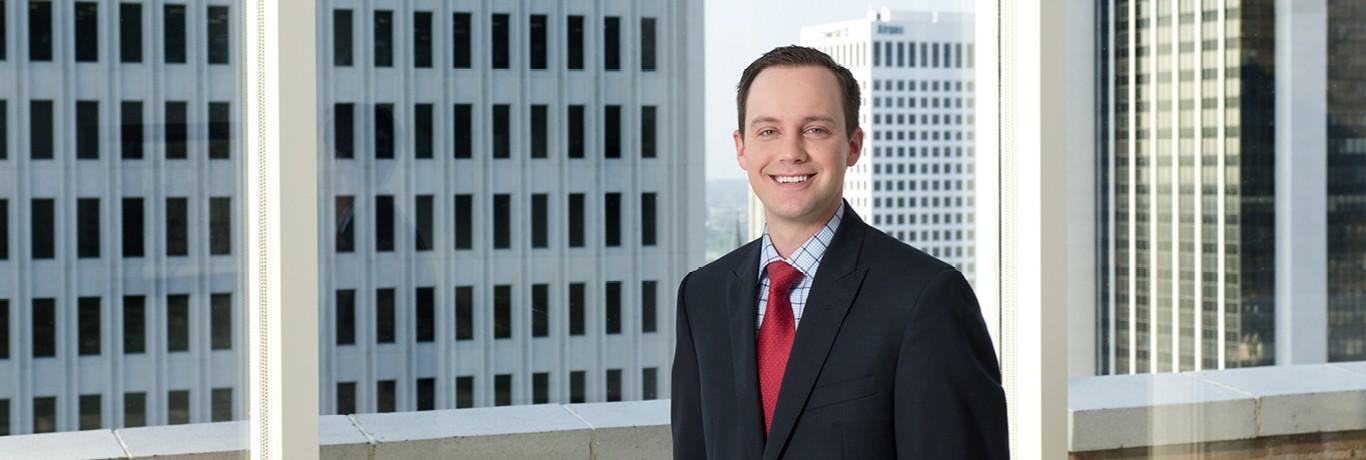 Dustin Perry, Associate, Tulsa