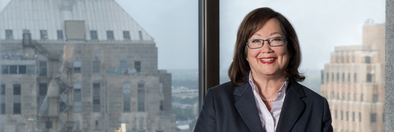 Sharon Thomas, Appellate Lawyer, Oklahoma City, Hall Estill, Best Lawyer